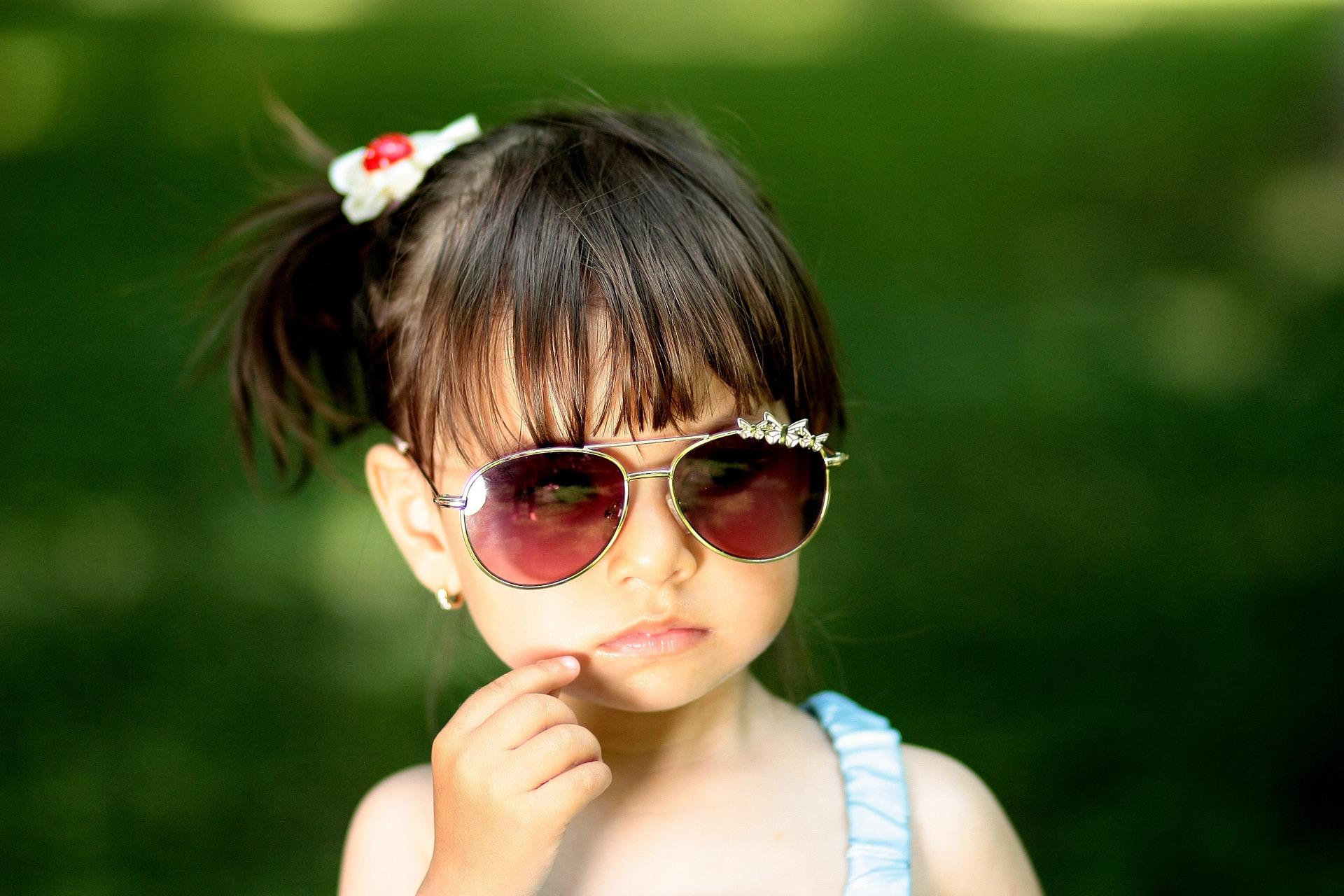06393fb232f1b Como proteger os olhos das crianças do sol