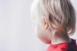 Criança loira