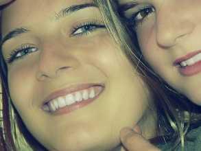Duas raparigas adolescentes